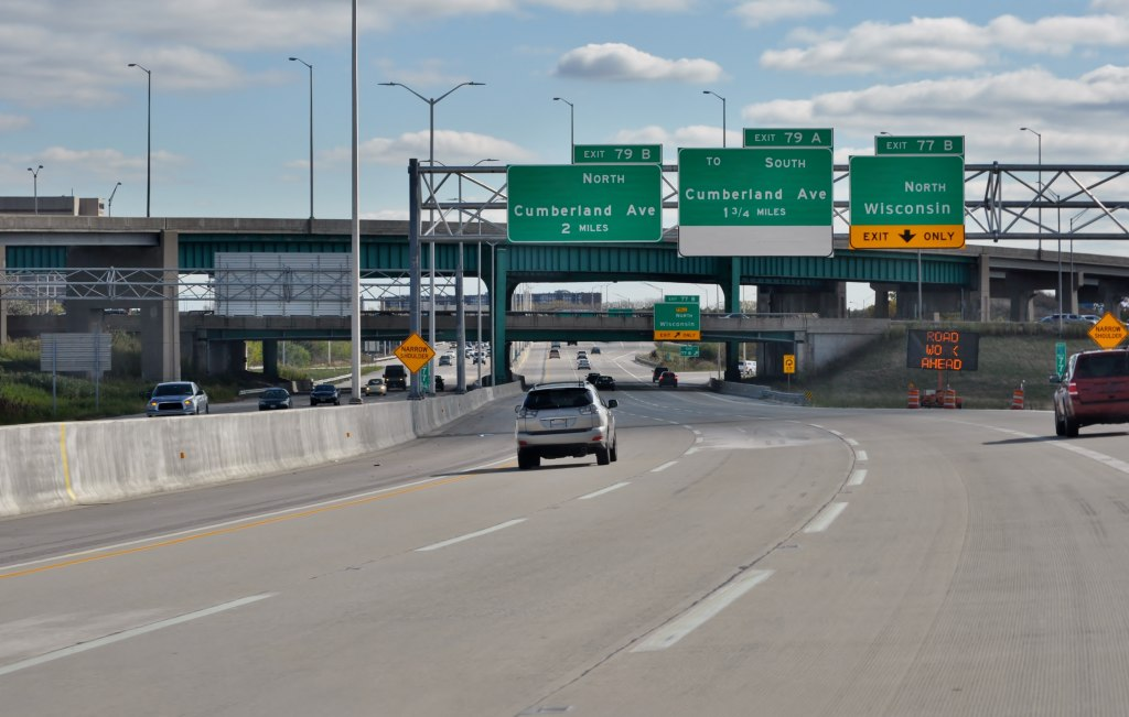 Will lawmakers push per-mile driving tax in Illinois?