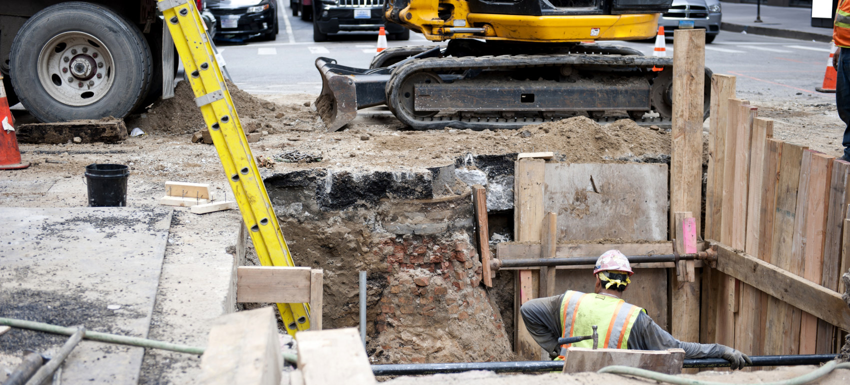 Illinois can spend another $10B on infrastructure without